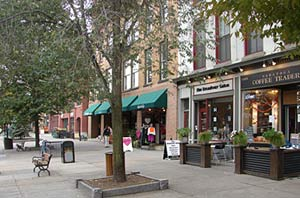 Find spas mineral springs and more at saratoga in upstate for Where to stay in saratoga springs ny